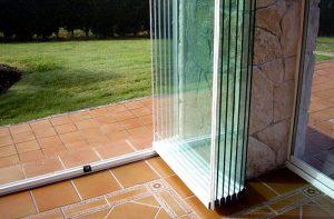 cam uygun fiyat kaliteli kağıthane şişli beşiktaş etiler tamir imalat balkon cam katlanır cam